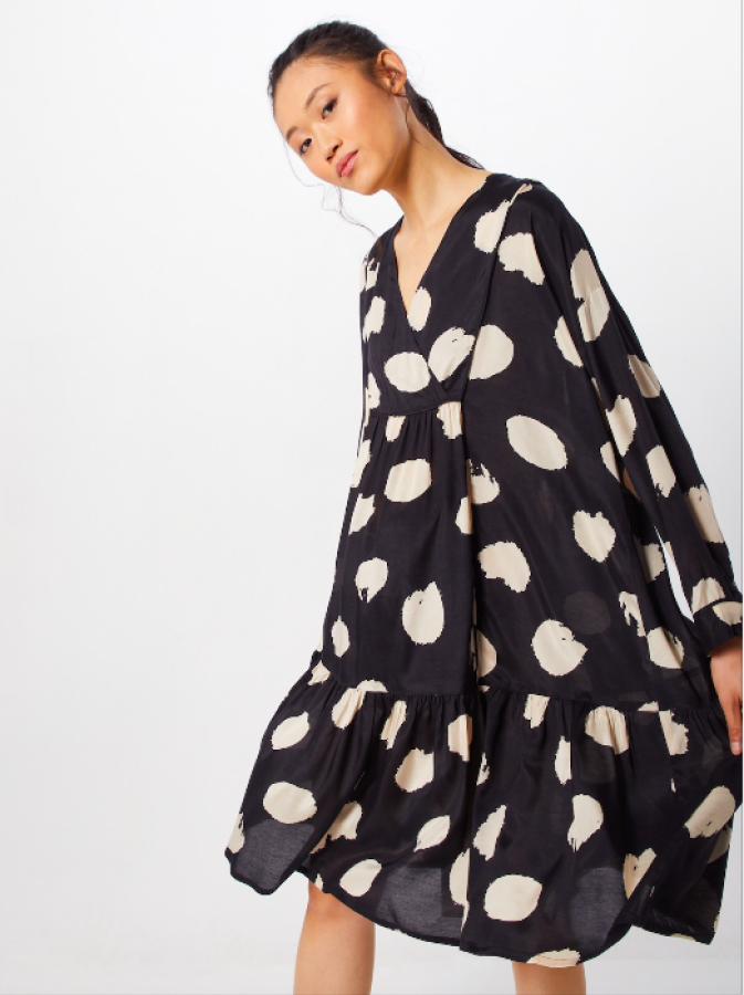 Masai taškuoto printo suknelė