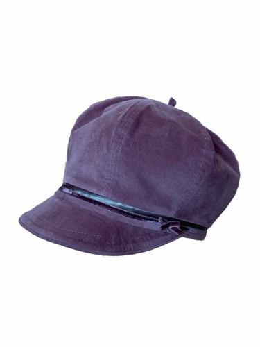 Deimantės Songailienės velvetinė kepuraitė