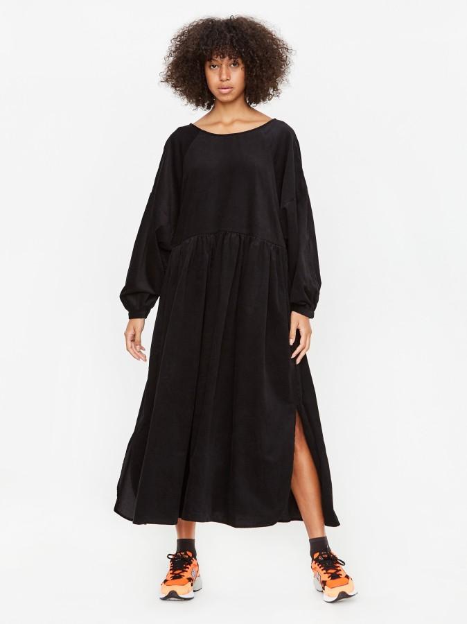 KowTow juodo velveto suknelė